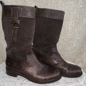 Brown Tory boot